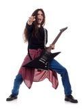 Guitarrista de metales pesados que toca la guitarra Imagen de archivo libre de regalías