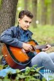 Guitarrista del adolescente Imagen de archivo libre de regalías