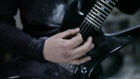 Guitarrista en ensayo metrajes