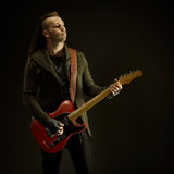Guitarrista que joga a música rock Fotografia de Stock Royalty Free