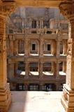 Gujarat: Sandstentempelmoment väl av rajas gemålkien Vav fotografering för bildbyråer