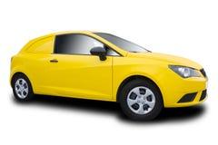 Gul bil som isoleras på vit arkivfoton