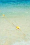 Gul boj på stranden Royaltyfria Bilder