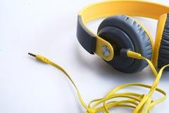gul headphone Arkivbild