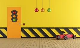 Gul lekrum med leksakbilen Fotografering för Bildbyråer