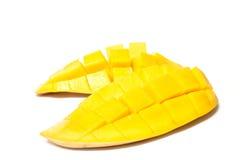 Gul mango som isoleras på vit Arkivfoto