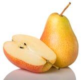Gul pear och half Arkivbild