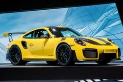 Gul Porsche 911 GT2 RS sportbil Royaltyfri Fotografi