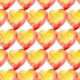 Gul sömlös modell av hjärtor för valentindag watercolo Arkivbild