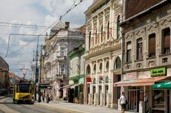 Gul spårvagn i Miskolc royaltyfri foto