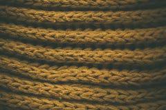 Gul tappning stack tygtextur och bakgrund för formgivare Tappning stucken bakgrund Övre sikt för slut av abstrakt textur Royaltyfri Fotografi