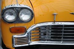 Gul taxitaxi Royaltyfri Fotografi