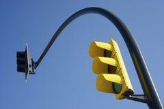 Gul trafikljus Fotografering för Bildbyråer