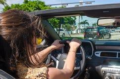 Gula Chevrolet Camaro SS konvertibla instrumentbrädadetaljer Royaltyfria Bilder