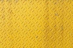 Gula Diamond Plate Background arkivfoton