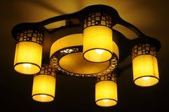 Gula lampor Arkivbild
