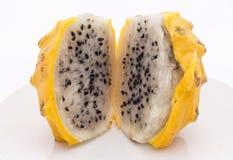 Gula Pitahaya (Selenicereusmegalanthus), Pitaya eller Dragon Fruit Bild som tas i Peru royaltyfria foton