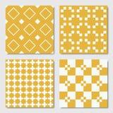 Gula sömlösa geometriska modeller stock illustrationer