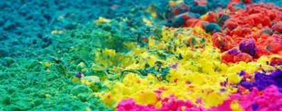 Gulal coloré (orientation au milieu de la trame) Photo libre de droits