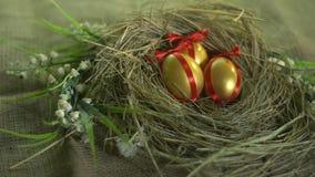 Guld- ägg i redet, påsk