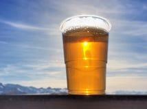 Guld- öl på terrass Royaltyfria Bilder