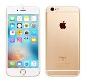 Guld- Apple iPhone 6S Fotografering för Bildbyråer