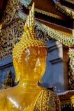 Guld- bärnstensfärgade buddha på Wat Doi Suthep Chiang Mai Thailand Arkivbilder