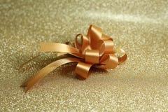 guld- band för bow Royaltyfri Bild