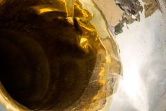 Guld- bas- tubadetalj Arkivfoton