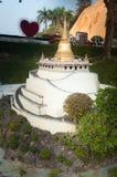 Guld- berg i Mini Siam Park Royaltyfri Fotografi