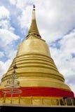 Guld- berg Wat Saket för guld- pagoda Fotografering för Bildbyråer