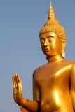 Guld- bild buddha i Thailand Arkivfoto
