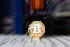 Guld- bräde för processor Bitcoin för elektronisk dator Arkivfoton