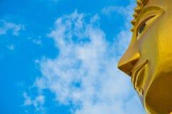 Guld- Buddha i Thailand Arkivbild