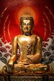 Guld- buddha staty Royaltyfria Bilder