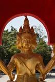 Guld- Buddha staty på det stora Buddha tempelet Arkivbilder