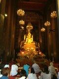 Guld- buddha staty p Fotografering för Bildbyråer