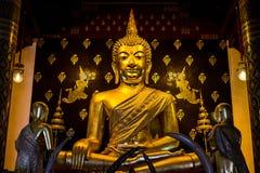 Guld- buddha staty, Thailand Royaltyfria Foton
