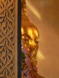 Guld- buddha staty, Wat Traimit tempel, Bangkok, Thailand Arkivfoton