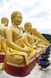 Guld- Buddhastaty Royaltyfri Foto