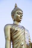 Guld- Buddhastaty Royaltyfria Foton