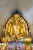 Guld- BurmaBuddhaaltare Maha Bodhi Temple Bagan Royaltyfri Bild