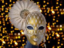 Guld- carnaval maskering Royaltyfri Foto