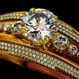 Guld- cirkel för koppling med smyckenädelstenen Arkivbilder