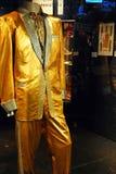 Guld- dräkt för Elvis Presley ` s royaltyfri fotografi