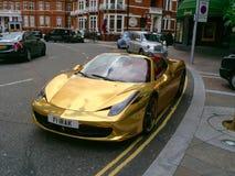 Guld- Ferrari Royaltyfri Fotografi
