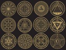 Guld- gåta, häxeri som är ockult, alkemi, mystiska esoteriska symboler royaltyfri illustrationer