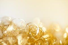 Guld- glimtjulbakgrund Royaltyfri Bild