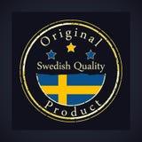 Guld- grungestämpel med den svenska kvalitets- och originalprodukten för text Etiketten innehåller svenskflaggan royaltyfri illustrationer