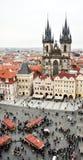 Guld- höst i Prague Hösten skissar av huvudstaden av Tjeckien arkivfoton